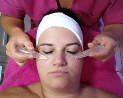 Diamond gezichtsbehandeling.jpg